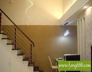 楼梯间过道吊顶水晶灯装修效果   欧式奢华复式楼梯过道摆放