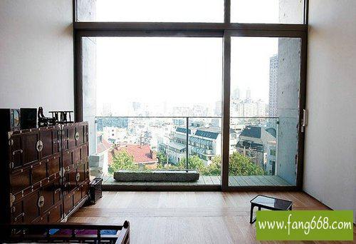 小户型客厅阳台装修实景图