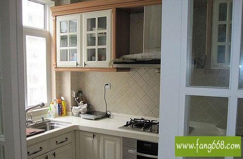 小厨房简装修效果图 小厨房装修效果图 超小厨房装修效果图
