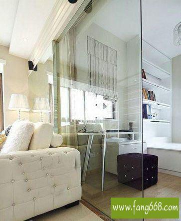 2016年客厅玻璃隔断装修效果图,通透明亮的客厅简约设计